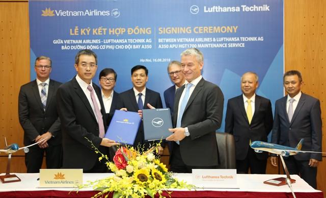 Vietnam Airlines và Lufthansa Technik ký hợp đồng bảo dưỡng động cơ