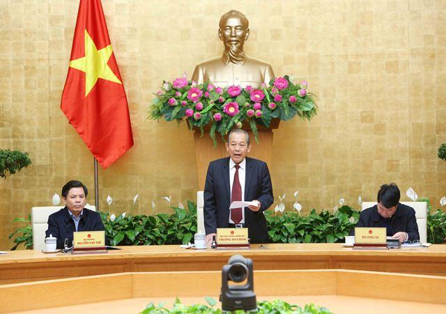 Phó Thủ tướng Thường trực Chính phủ Trương Hoà Bình chủ trì hội nghị